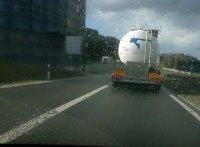 Dieser Molkerei-Lastwagen begleitete mich über viele Kilometer...